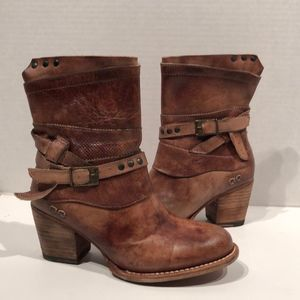 Bed Stu Rowdy Teak Driftwood Leather Ankle Boots